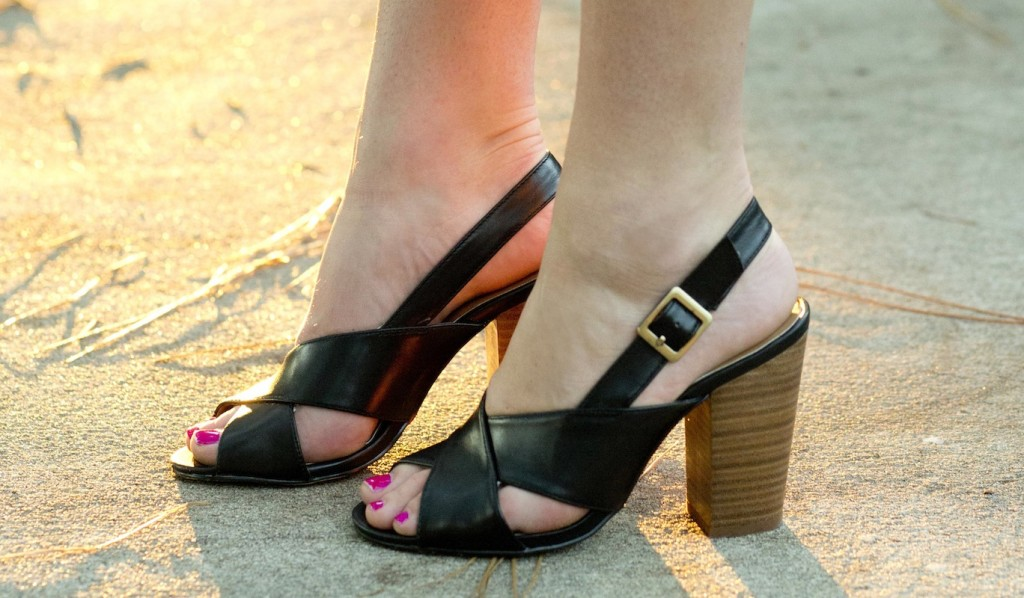 chinese laundry black sandal heels