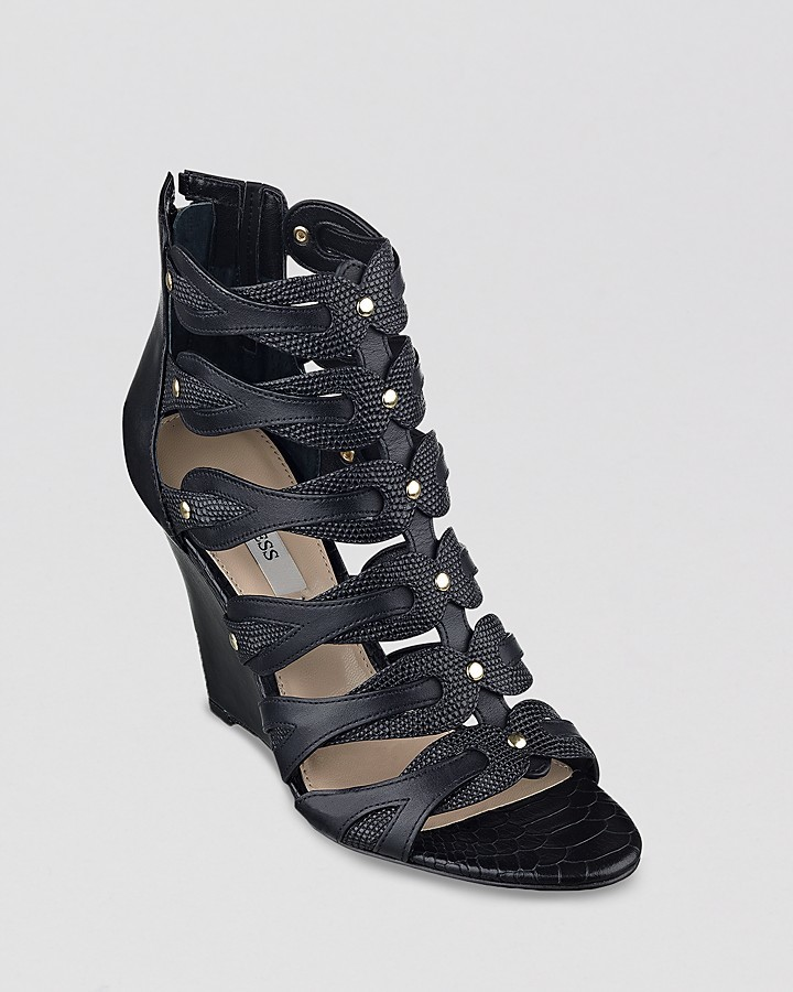 guess strapy wedge