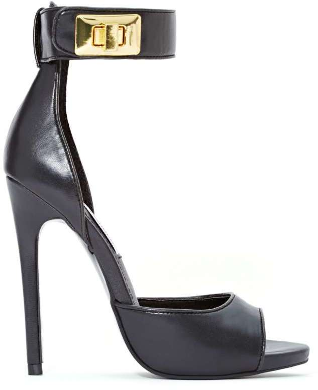black-and-gold-heel