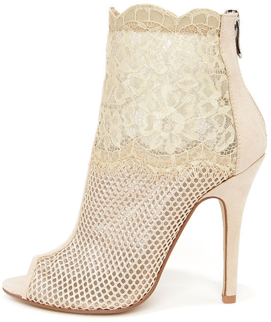 lace-booties-white