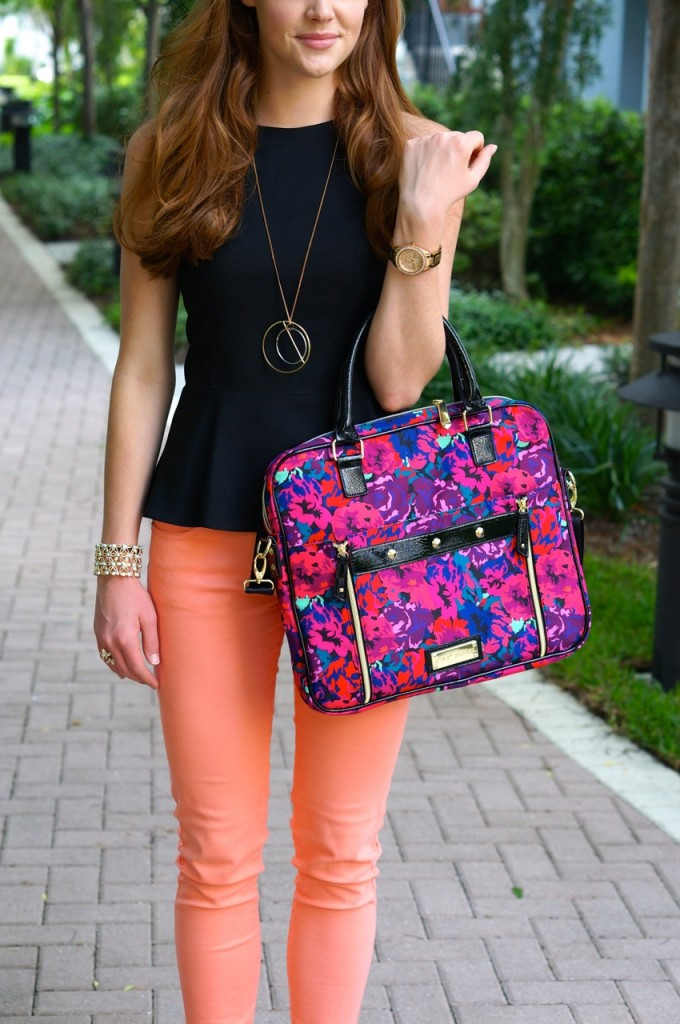 fun-bright-outfit