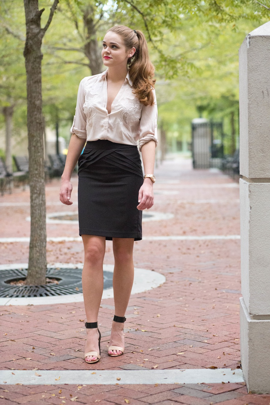 lace neutral top from express